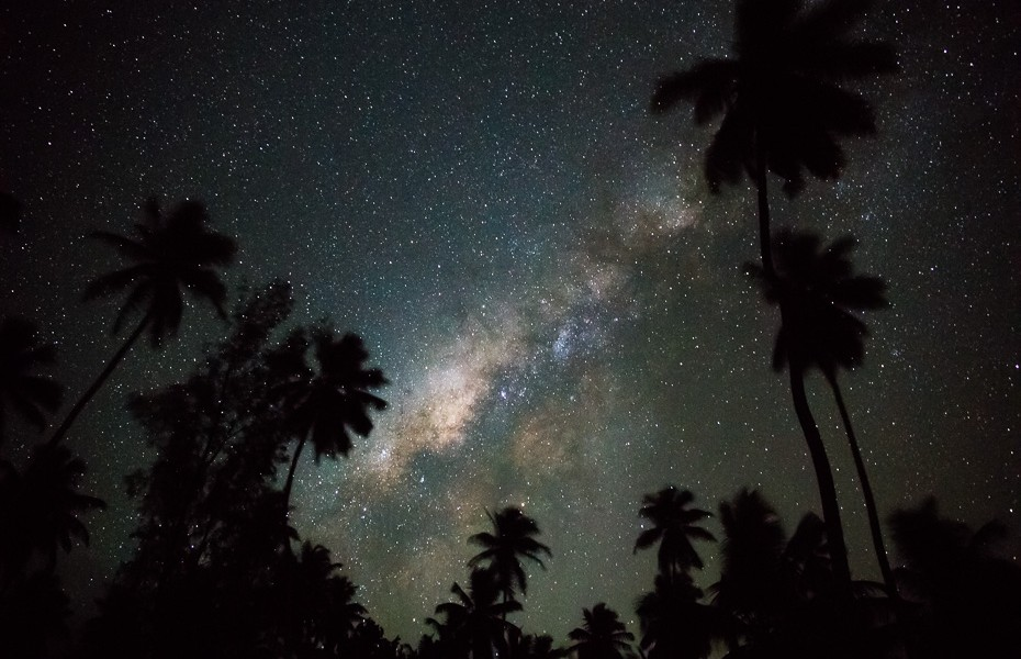 galaxy milky way night seychelles palms tropical equator stars
