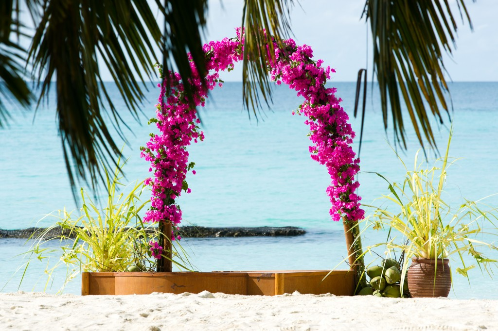 wedding abroad destination vows beach