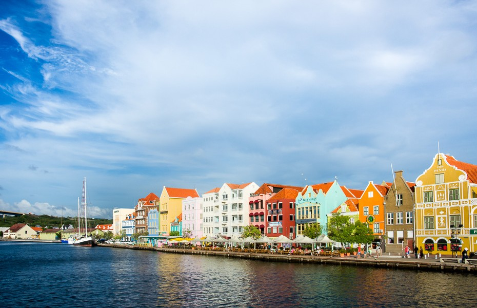 curacao colored amsterdam colorful houses
