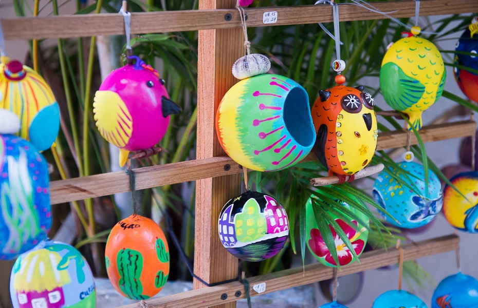 local souvenirs christmas ornaments curacao
