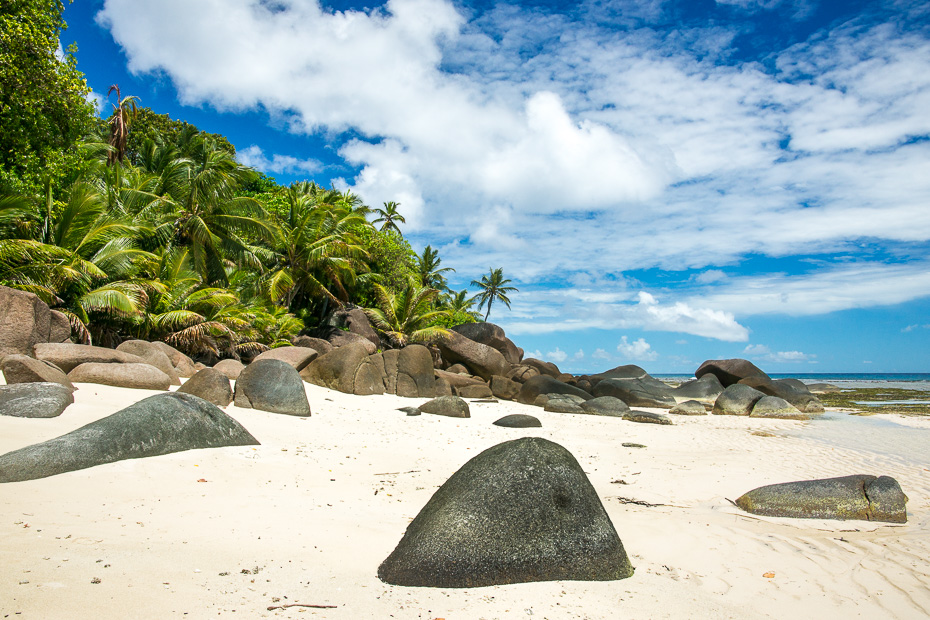 stones beach seychelles perfect vacation indian ocean