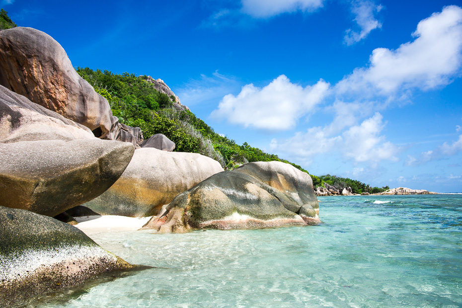 seychelles la digue getting married abroad indian ocean