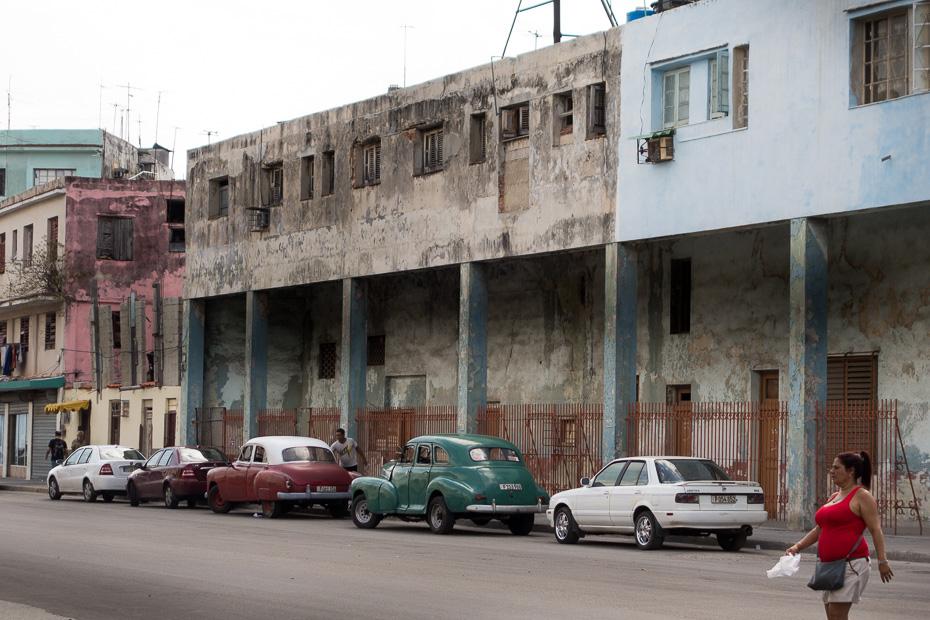 cuba old cars cubans locals havana american