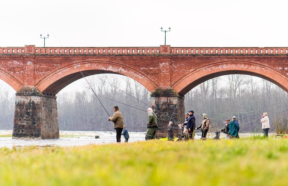 venta bridge kurzeme fishermen