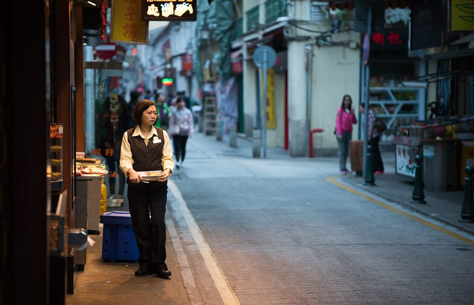 shopkeeper in macau