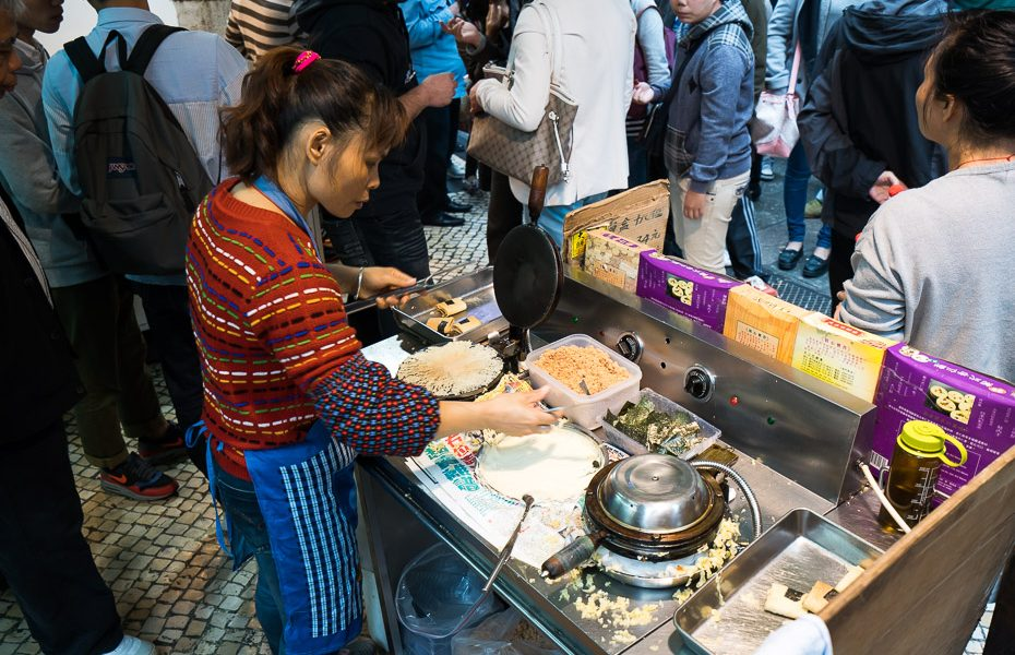 street food for tourists in macau