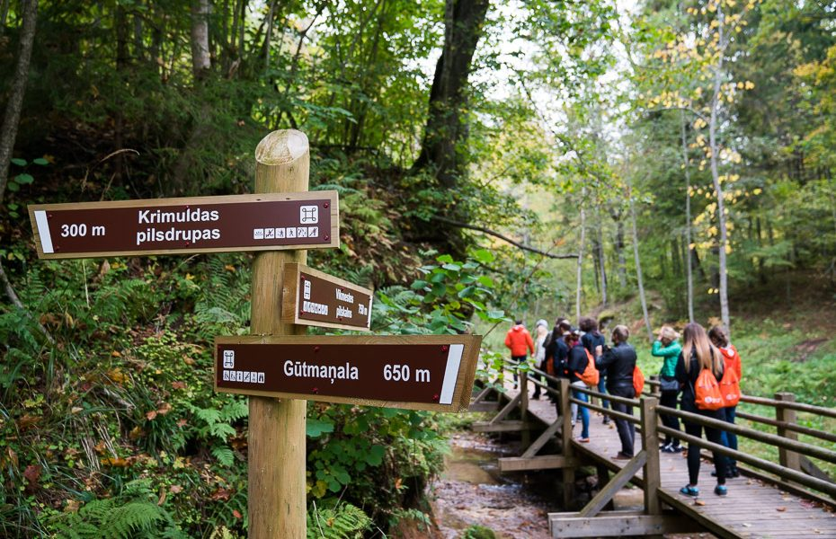 gauja national park hiking trails