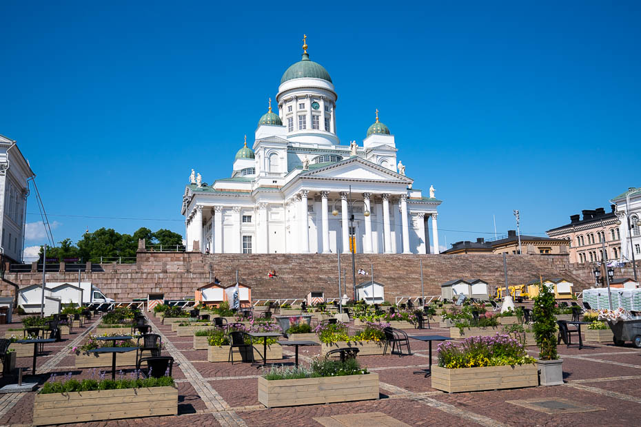 What to see in Helsinki - cathedral and Senate square