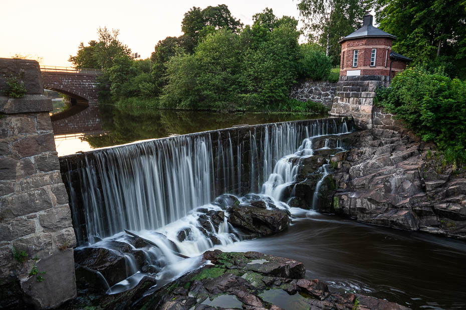 Vanhakaupunki waterfall and hydroelectric station