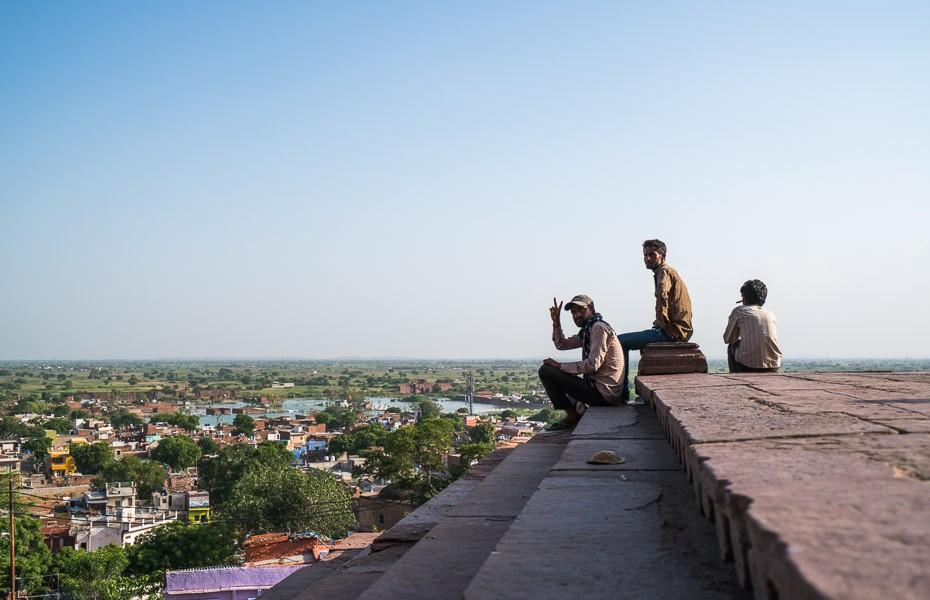 locals mosque india agra