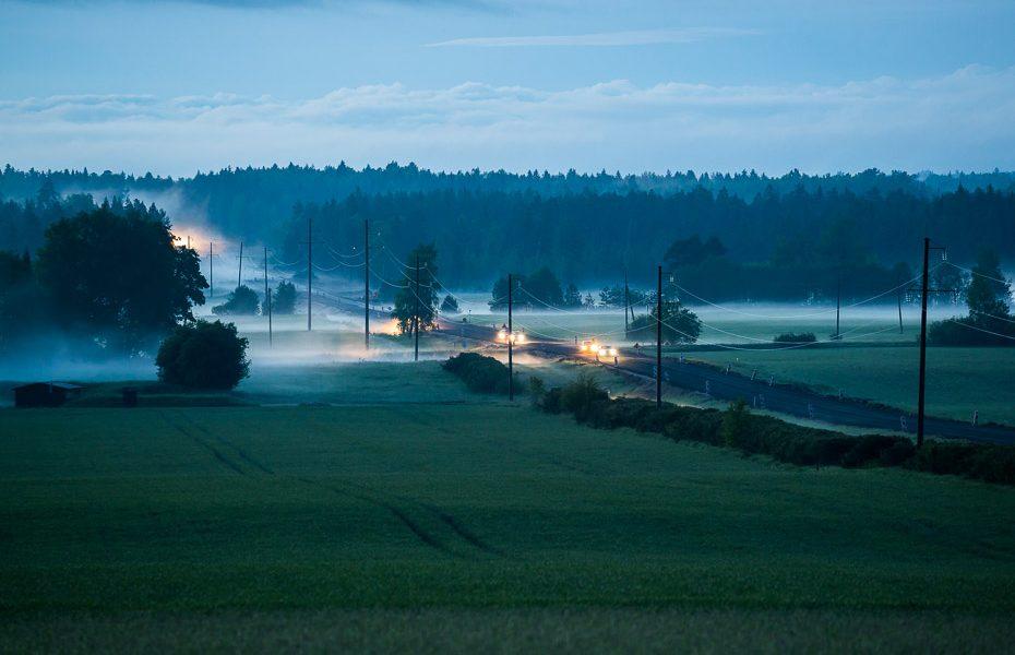 nakts igaunijas laukos