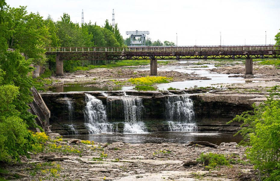 narva waterfall