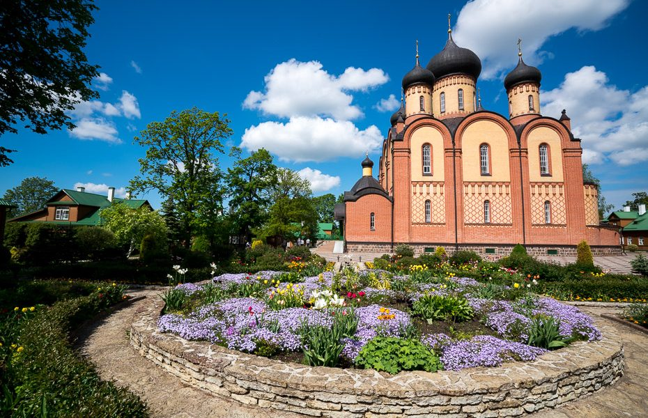 puhtitsa convent